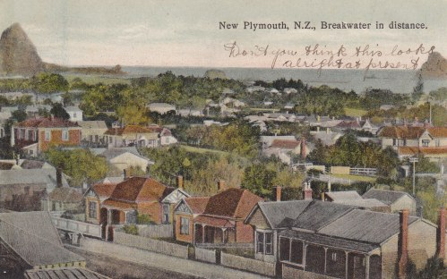 new-plymouth-with-breakwater-in-the-distance1